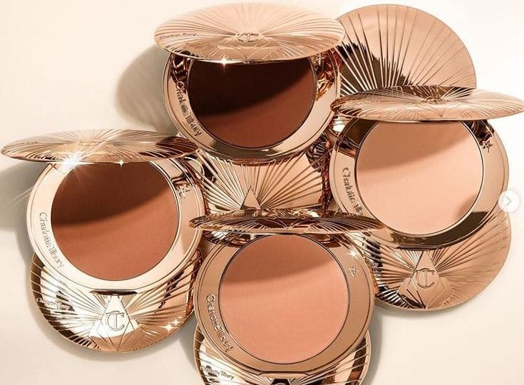 Charlotte Tilbury Airbrush Bronzer Review and Swatches