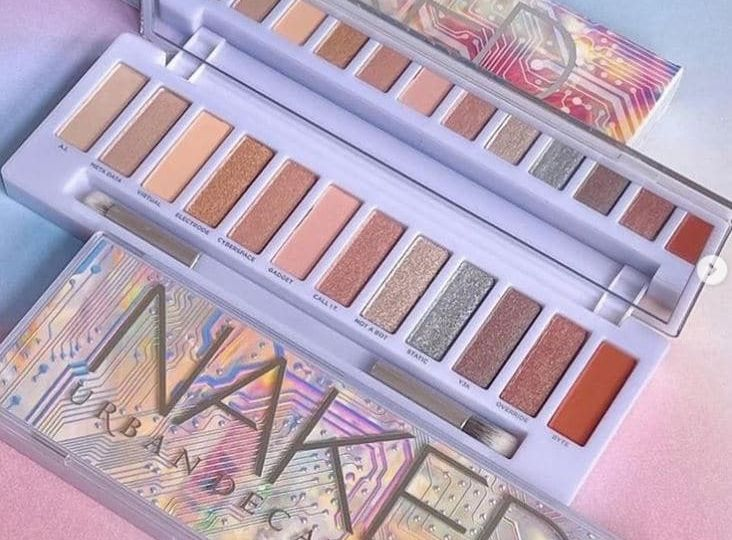 naked cyber palette swatches